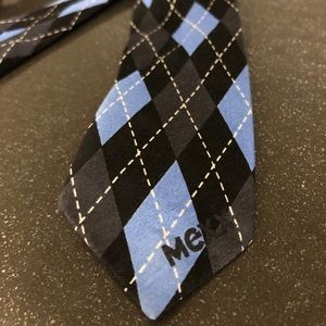 🌟 2/$20 Mexx silk boys Velcro tie